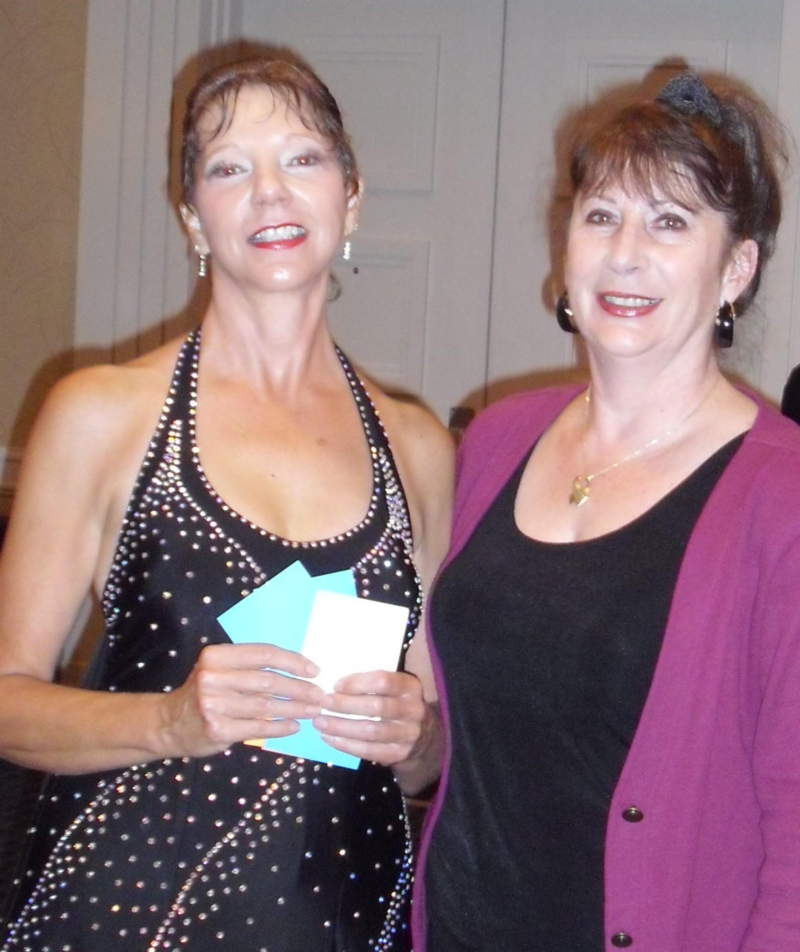 Rachelle & Linda