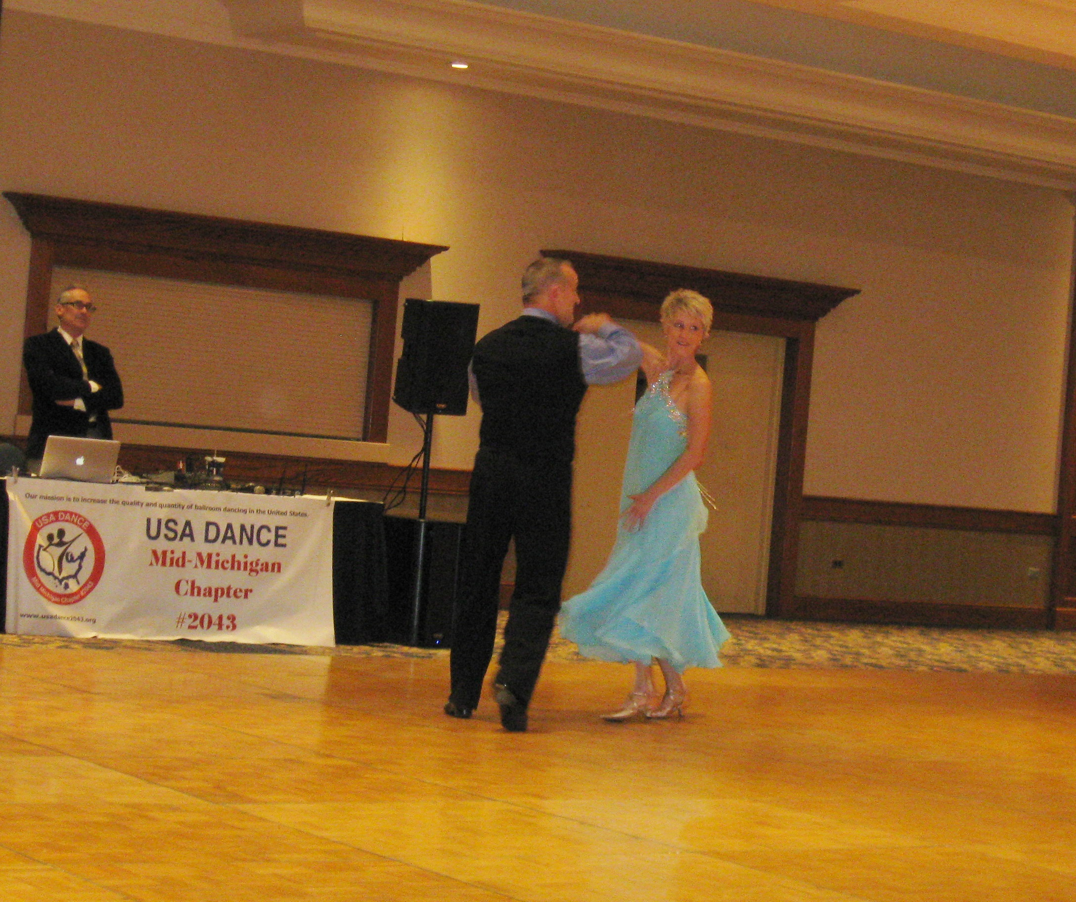 Steve and Kendra Reynolds waltz routine
