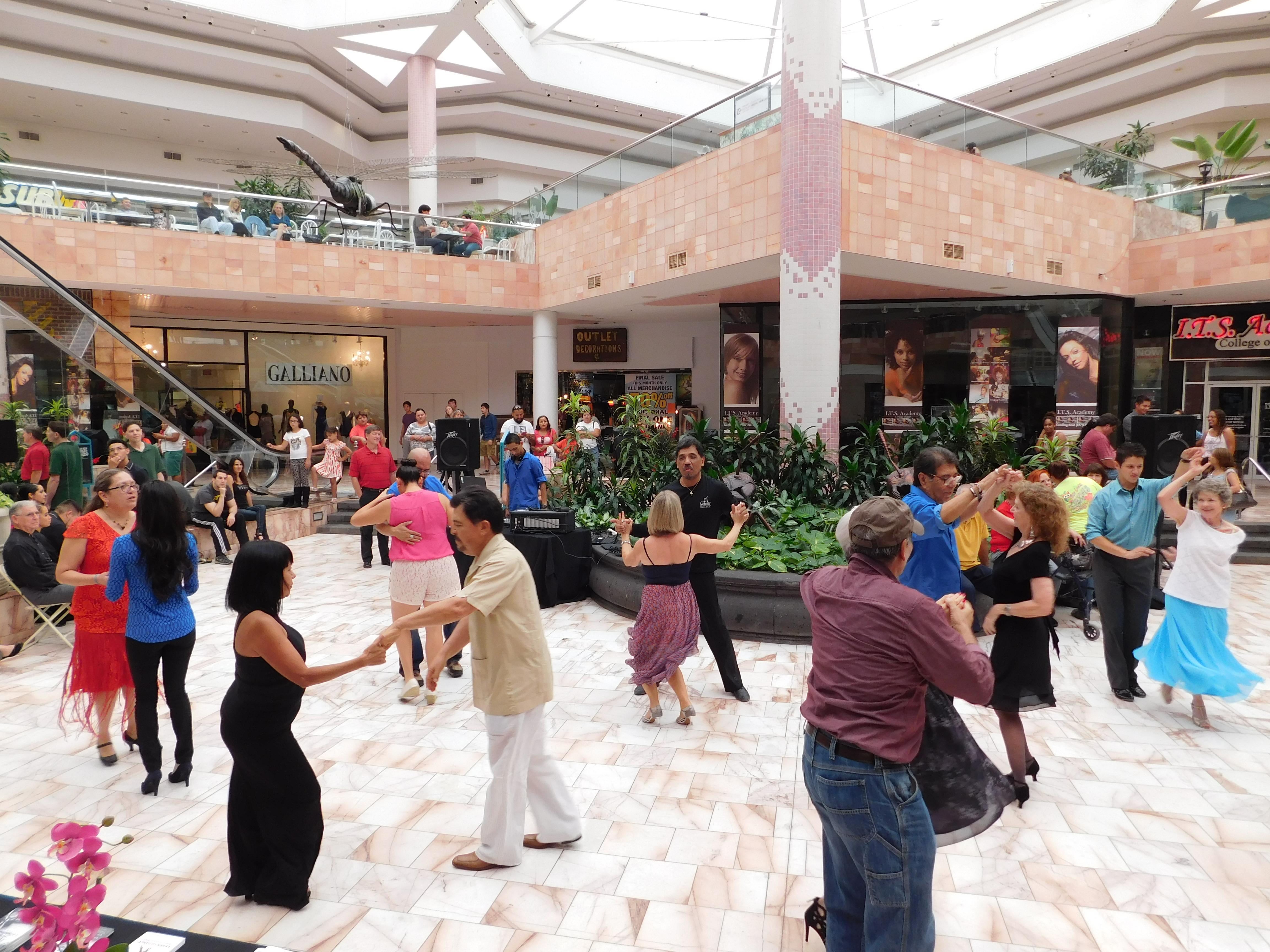 Sunland Park Mall Dance